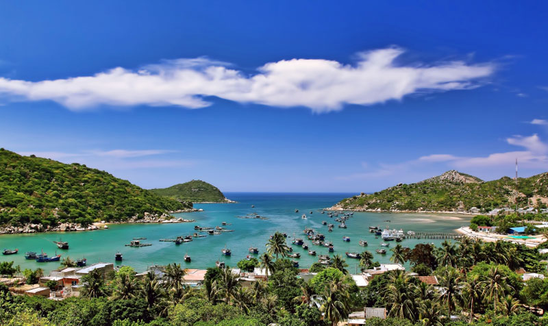 Top 10 Most Beautiful Bays In Vietnam | Discover Nha Trang 10 Most Beautiful Coral Reefs World