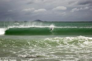 surfing pipeline vietnam