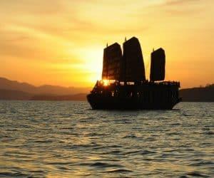 emperor-cruises-boat-nha-trang
